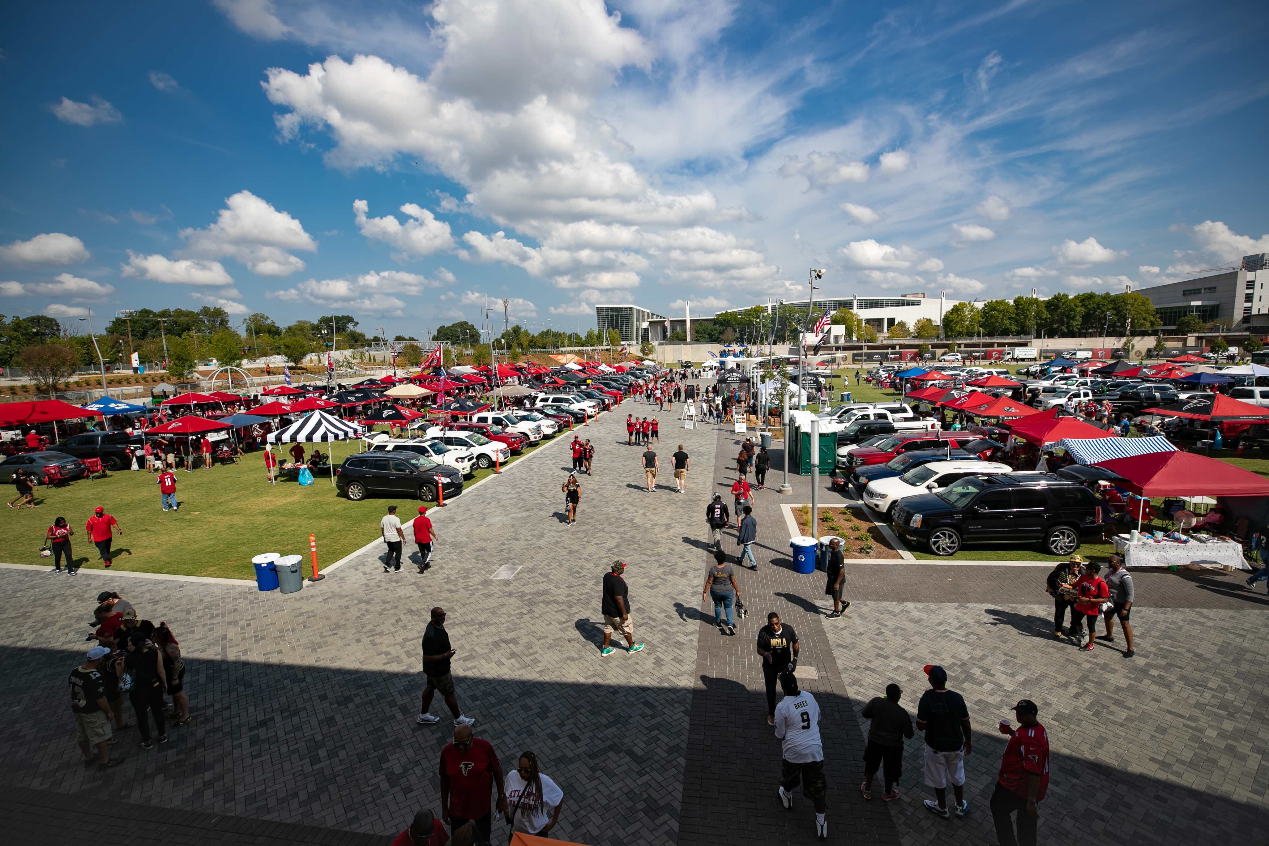Remarkable Tailgating The Home Depot Backyard Mercedes Benz Stadium Download Free Architecture Designs Scobabritishbridgeorg